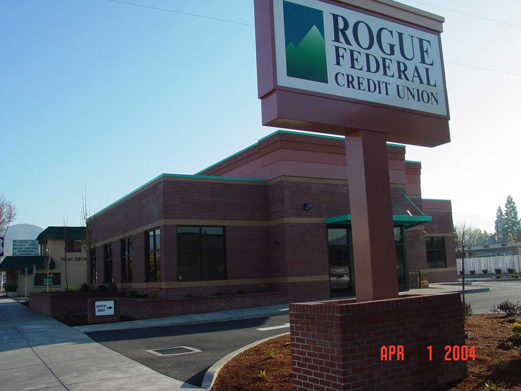 rogue-federal-credit-union-grants-pass43 - Commercial