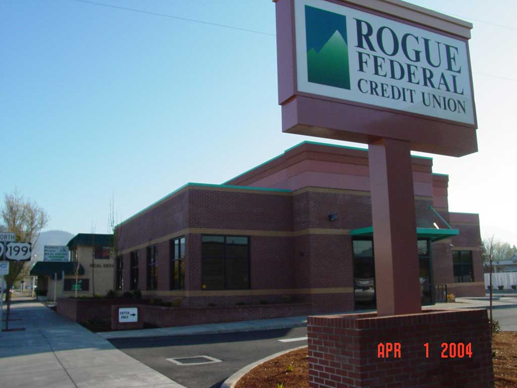 rogue-federal-credit-union-grants-pass44 - Commercial