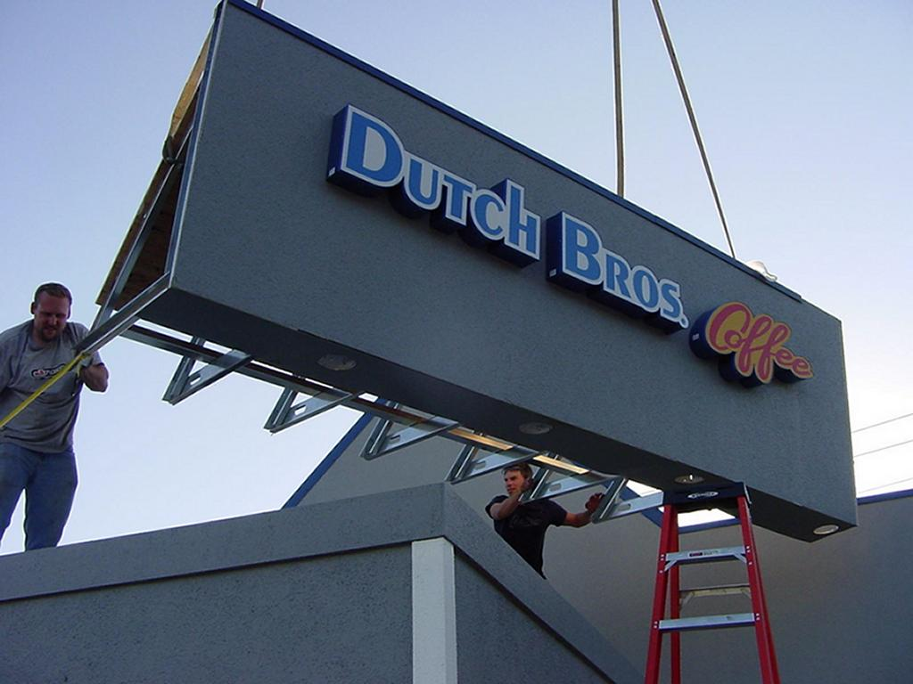 dutch-bros-construction-redding-02