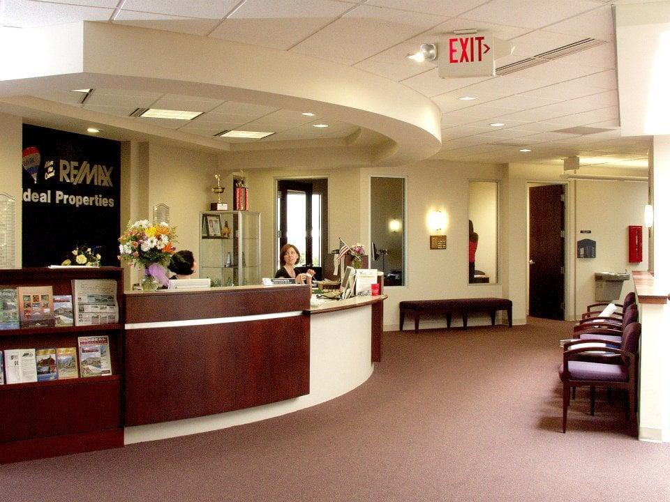 Remax Medford Interior