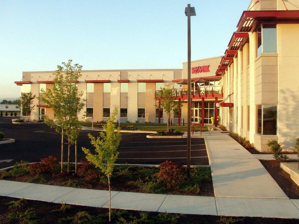 Remax Office Medford