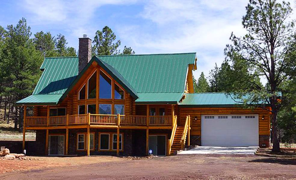 Pros & Cons of Designing a Log Home