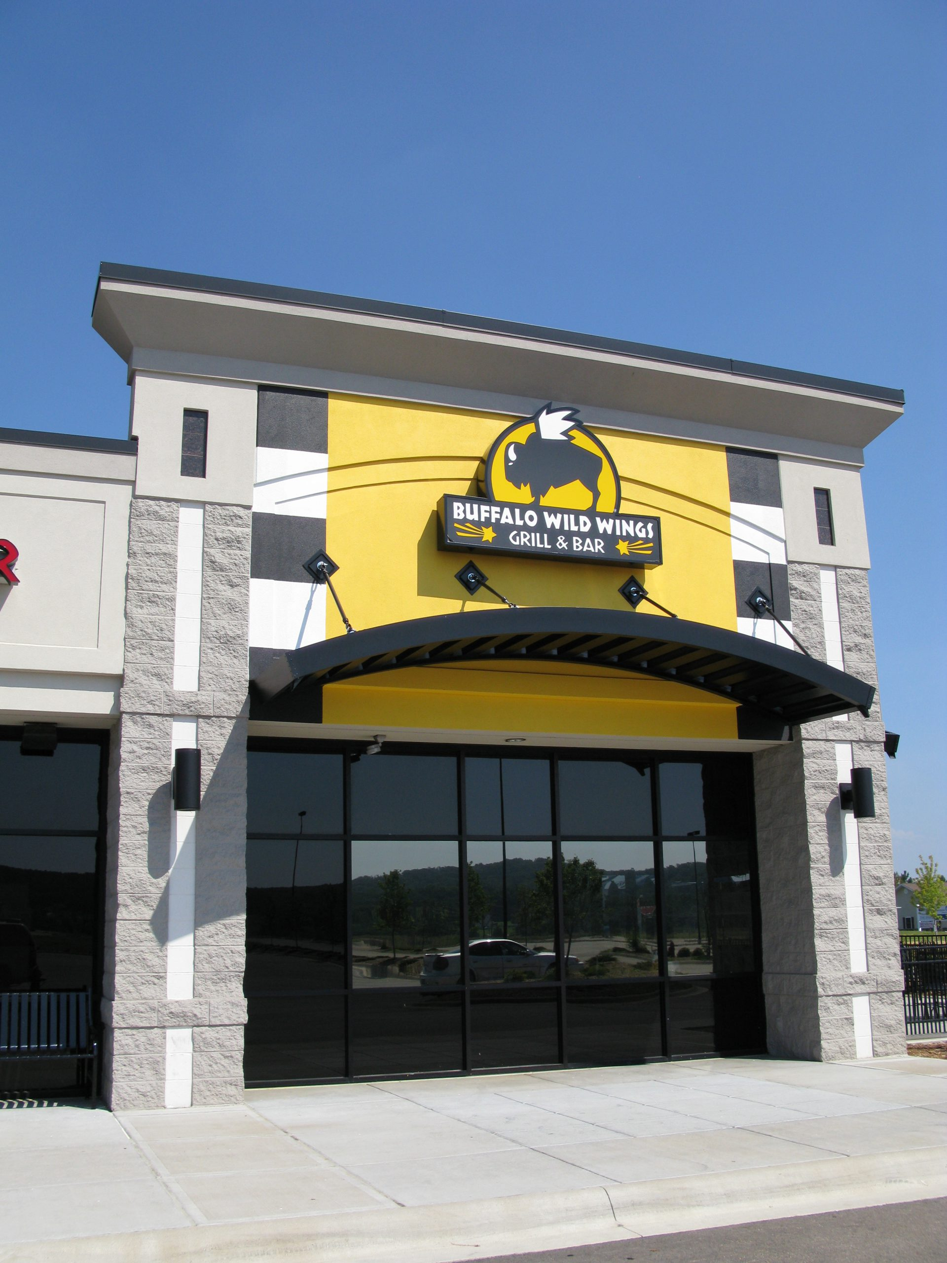 Aluminum-Architectural-Canopy-Awning-Buffalo Wild Wings